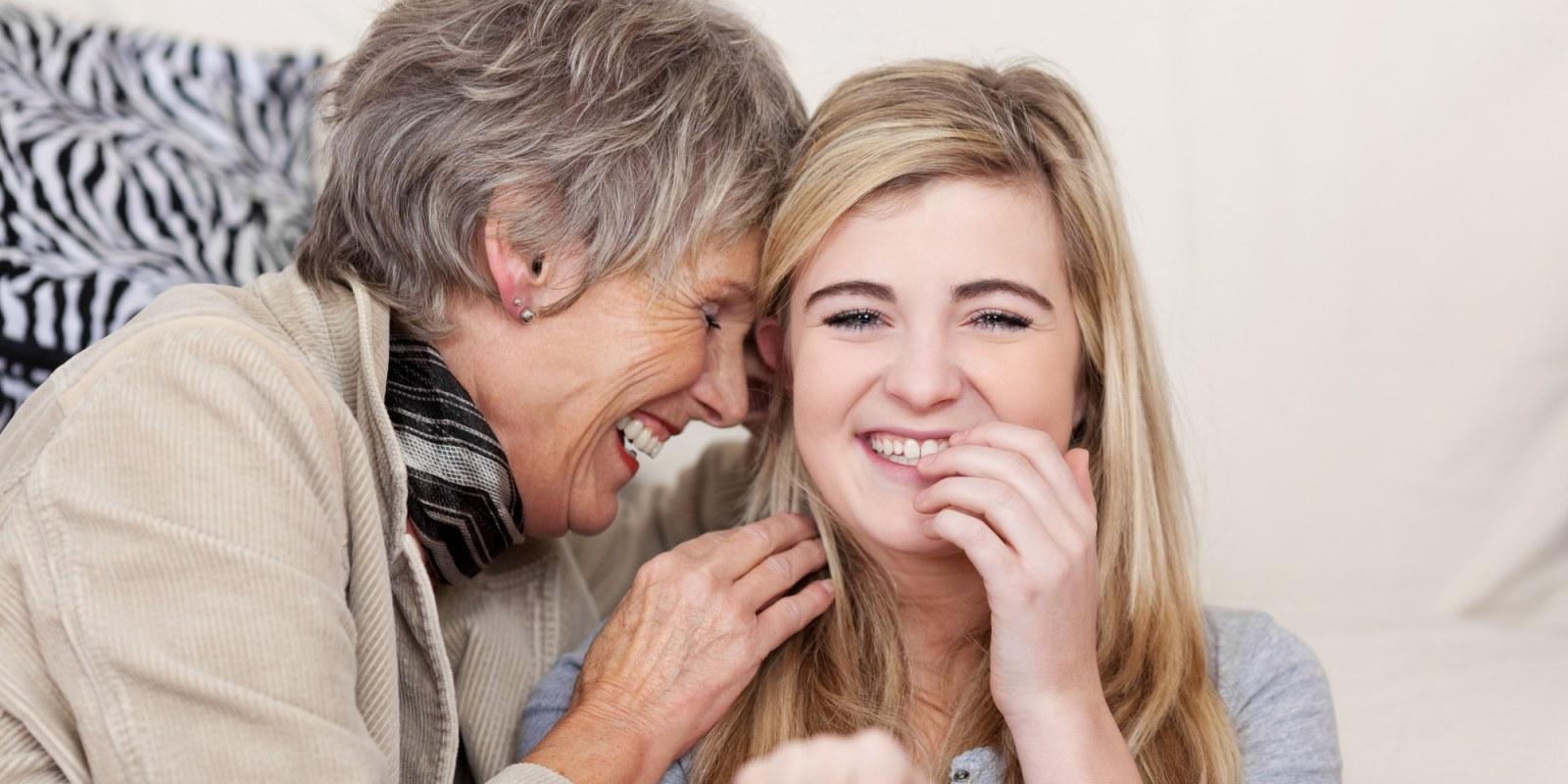 Compañía a personas mayores en el extranjero